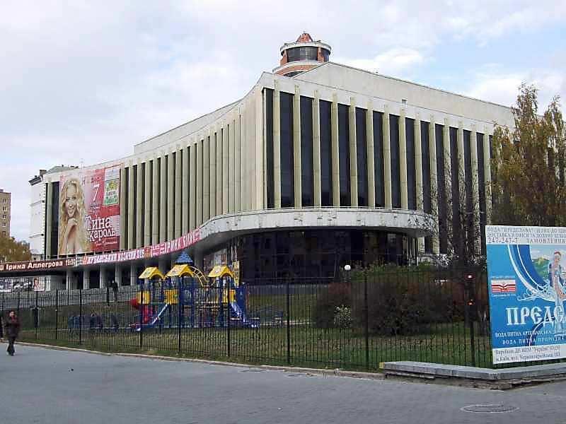 2007 р. Загальний вигляд з боку вул.Тельмана