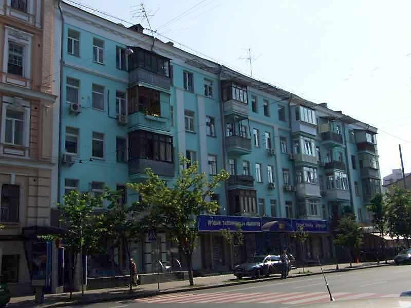 2008 р. Загальний вигляд з боку вул.Саксаганського
