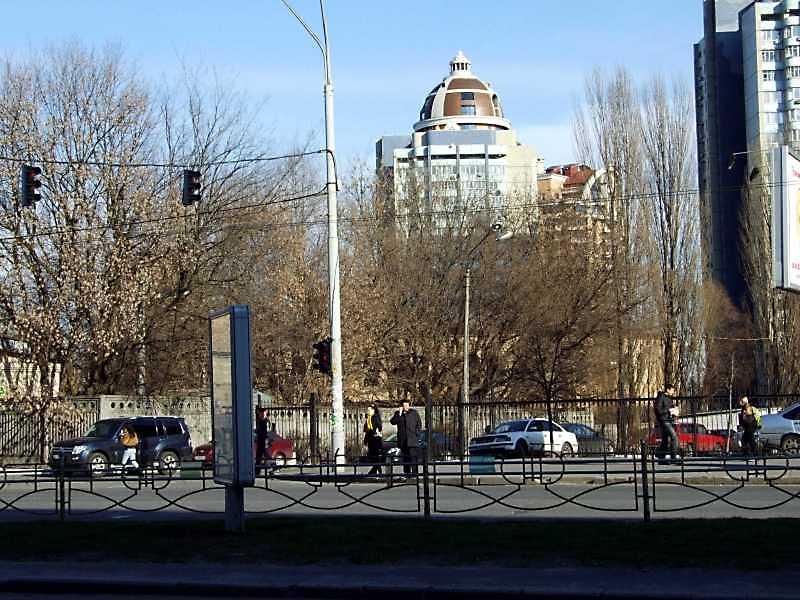2009 р. Загальний вигляд із заходу, з вул. Кутузова