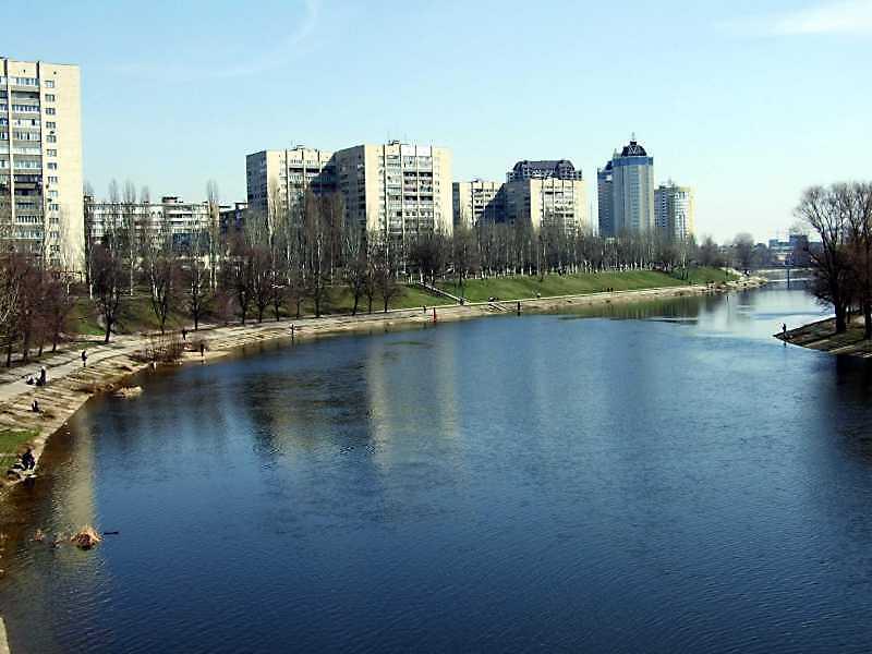 2009 р. Вид на Русанівський канал та вул. Флоренції