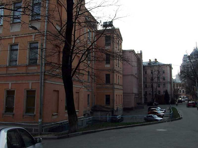 2009 р. Верхня вулиця з перспективою корпусів № 6, 6а, 3