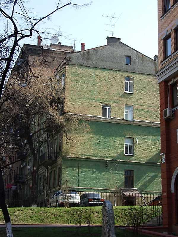 2009 р. Загальний вигляд у перспективі вулиці