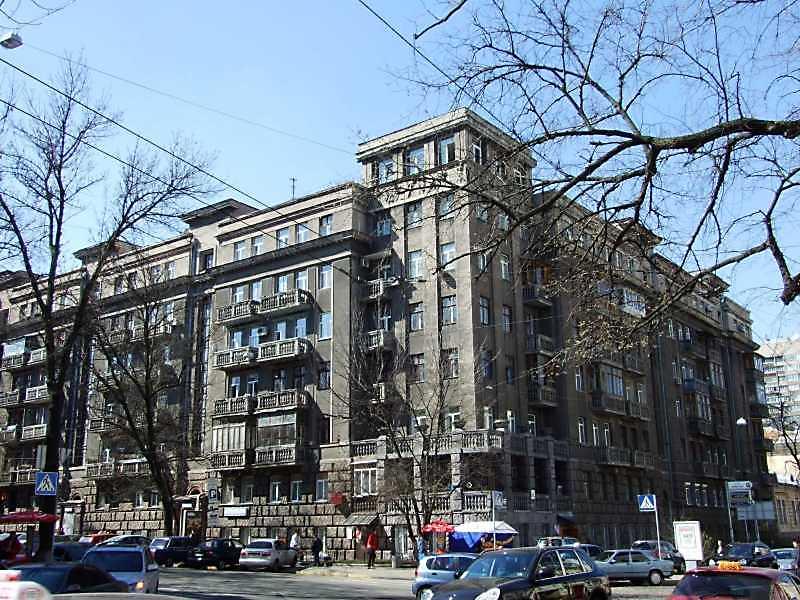 Житловий будинок (№ 37 / Пирогова, 2)