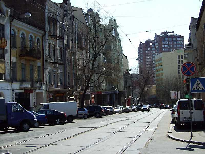 2009 р. Перспектива від вул. Павлівської в бік вул. Воровського