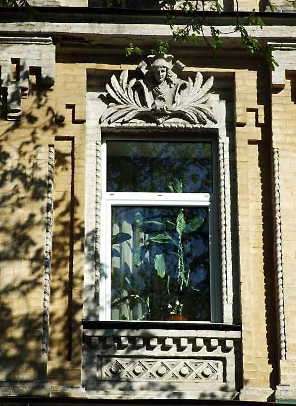 Вікно 3-го поверху