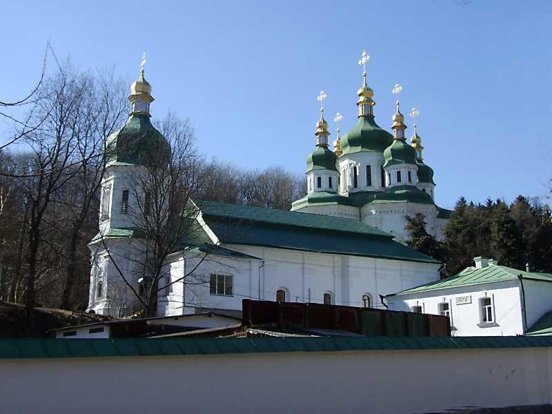 2011 р. Трапезна і Георгіївський собор. Вигляд з північного сходу
