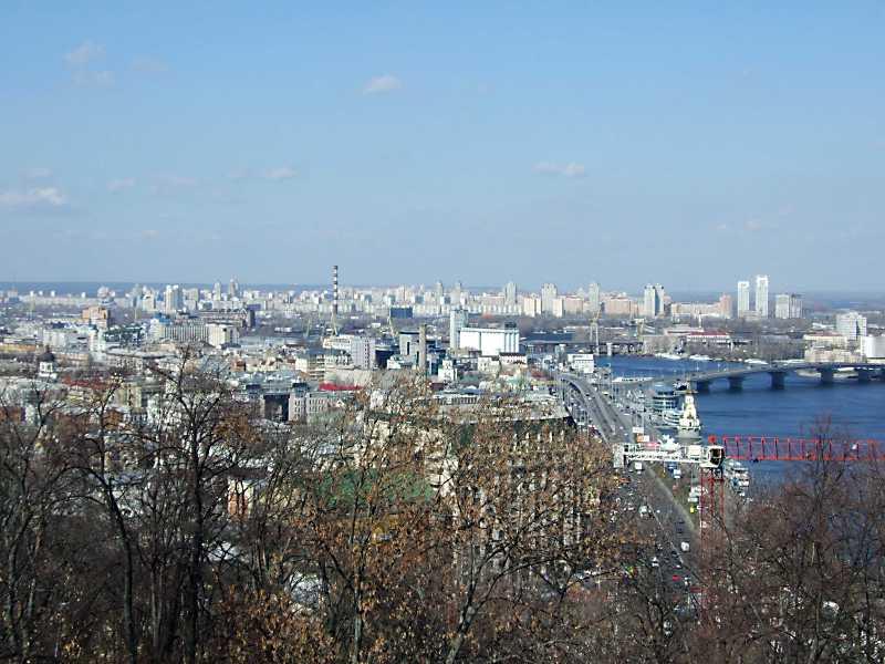 2012 р. Вид Подолу та Оболоні з Володимирської гірки