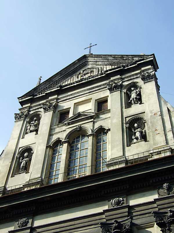 Вигляд зі сходу (головний фасад)