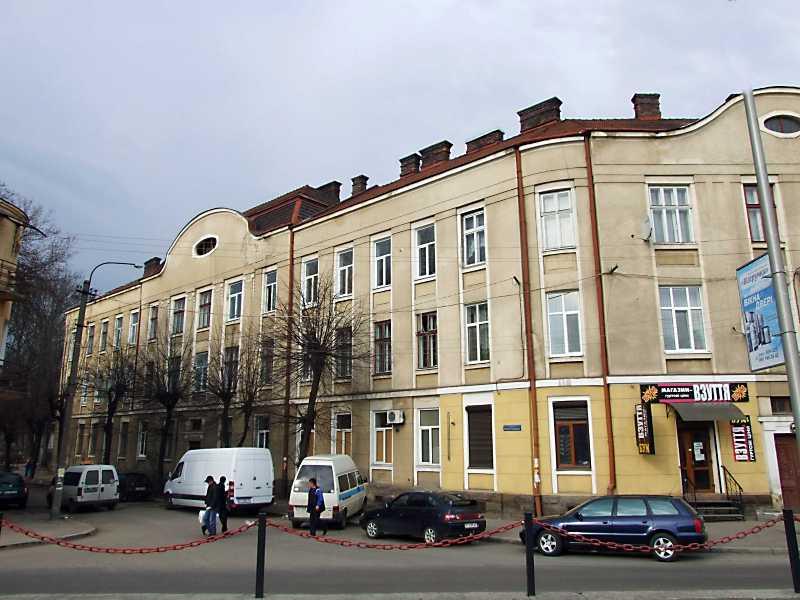 2012 р. Фасад уздовж вул. Марійки Підгірянки