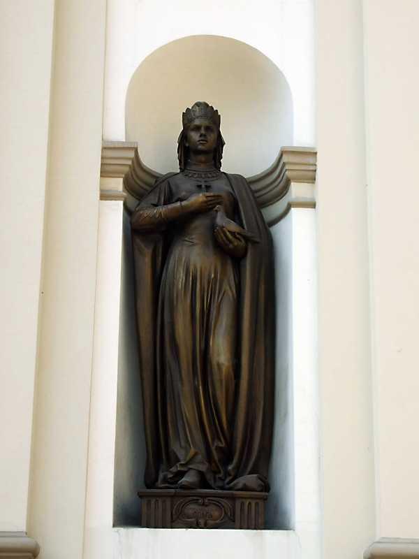 2012 р. Скульптура княгині Ольги