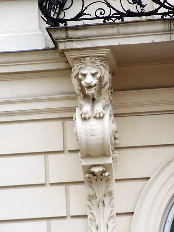 Консоль балкона
