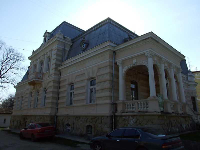 Палац (№ 23)