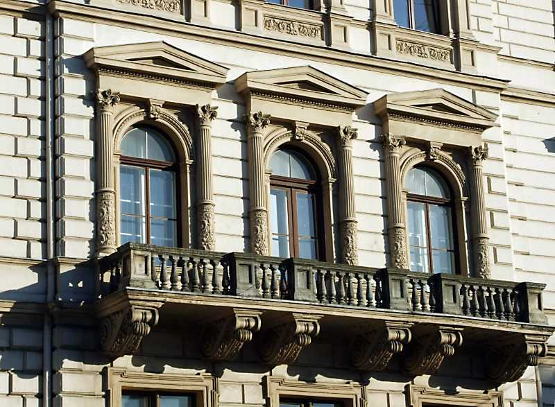 Балкон 3-го поверху