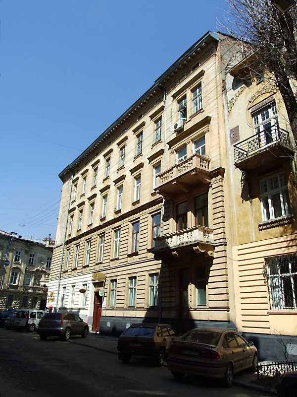 2013 р. Загальний вигляд з боку вул. Богомольця