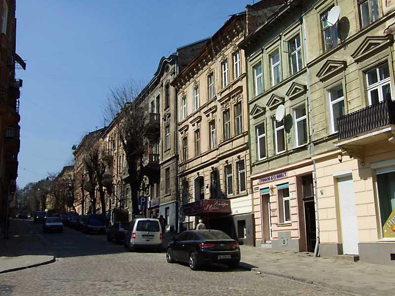 Коцюбинського вул.