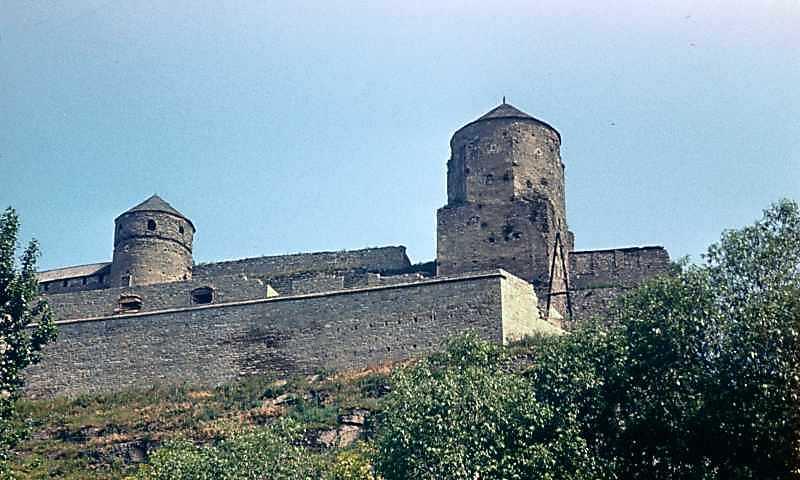 1977 р. Вигляд з Карвасар (башти Ковпак, Папська)